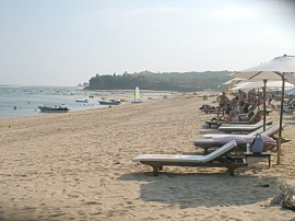 Pantai Geger Sawangan