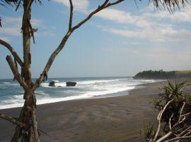 Pantai Kelecung