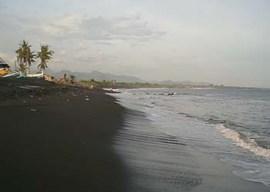 Pantai Lebih