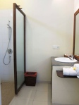 Standard Room 6 - Bathroom
